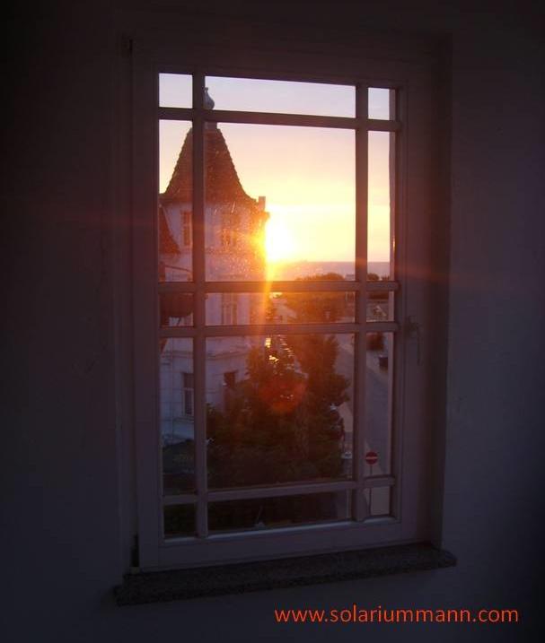 Morgens um halb fünf auf dem Balkon der Villa Anna