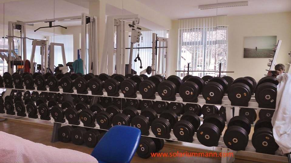 große Auswahl bis hin zu schweren Gewichten im Ostsee Fitness Studio
